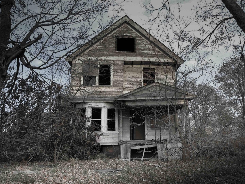 картинка заброшенного дома призрака снимках актриса была